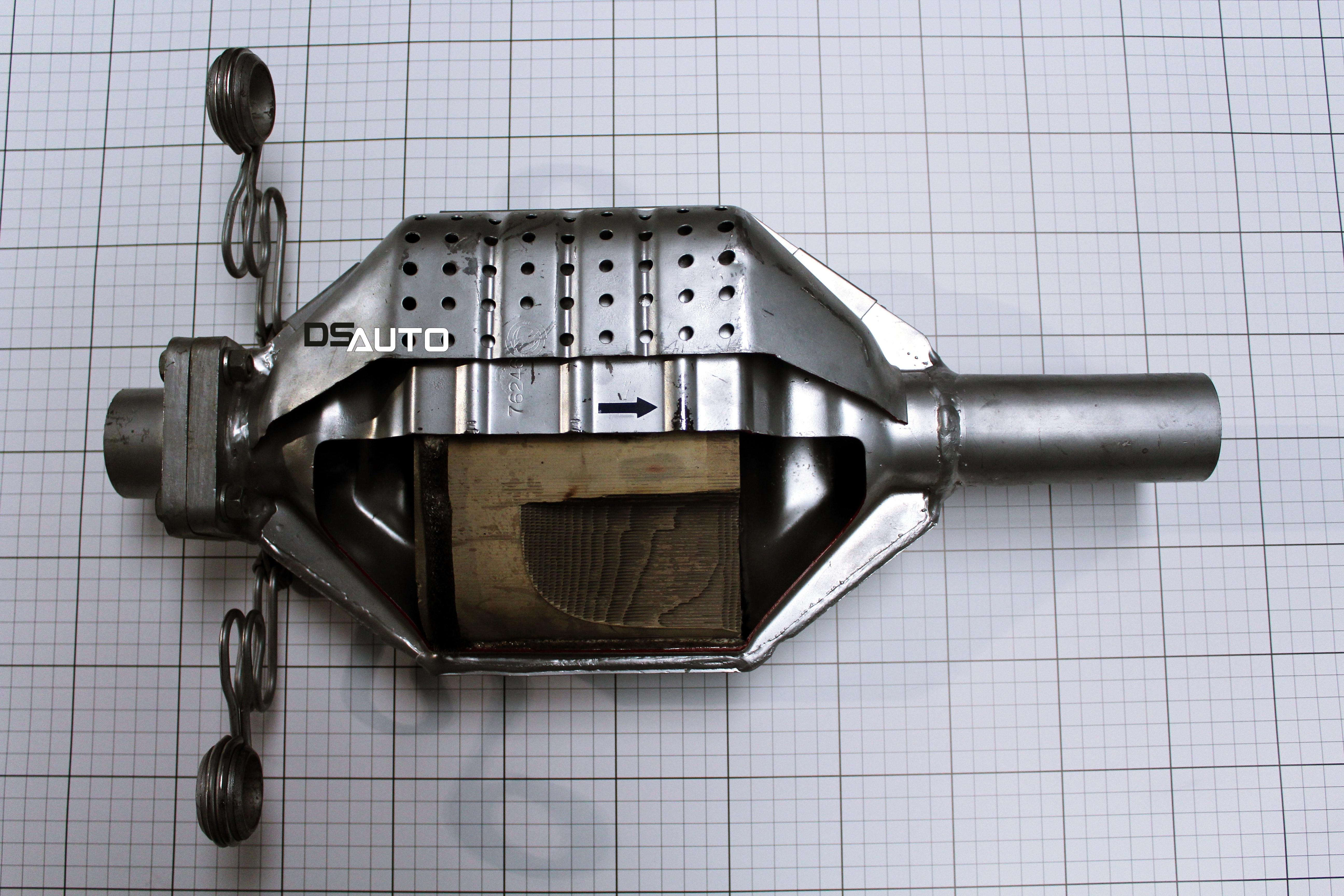 Przekrój katalizatora na przykładzie modelu z Fiata