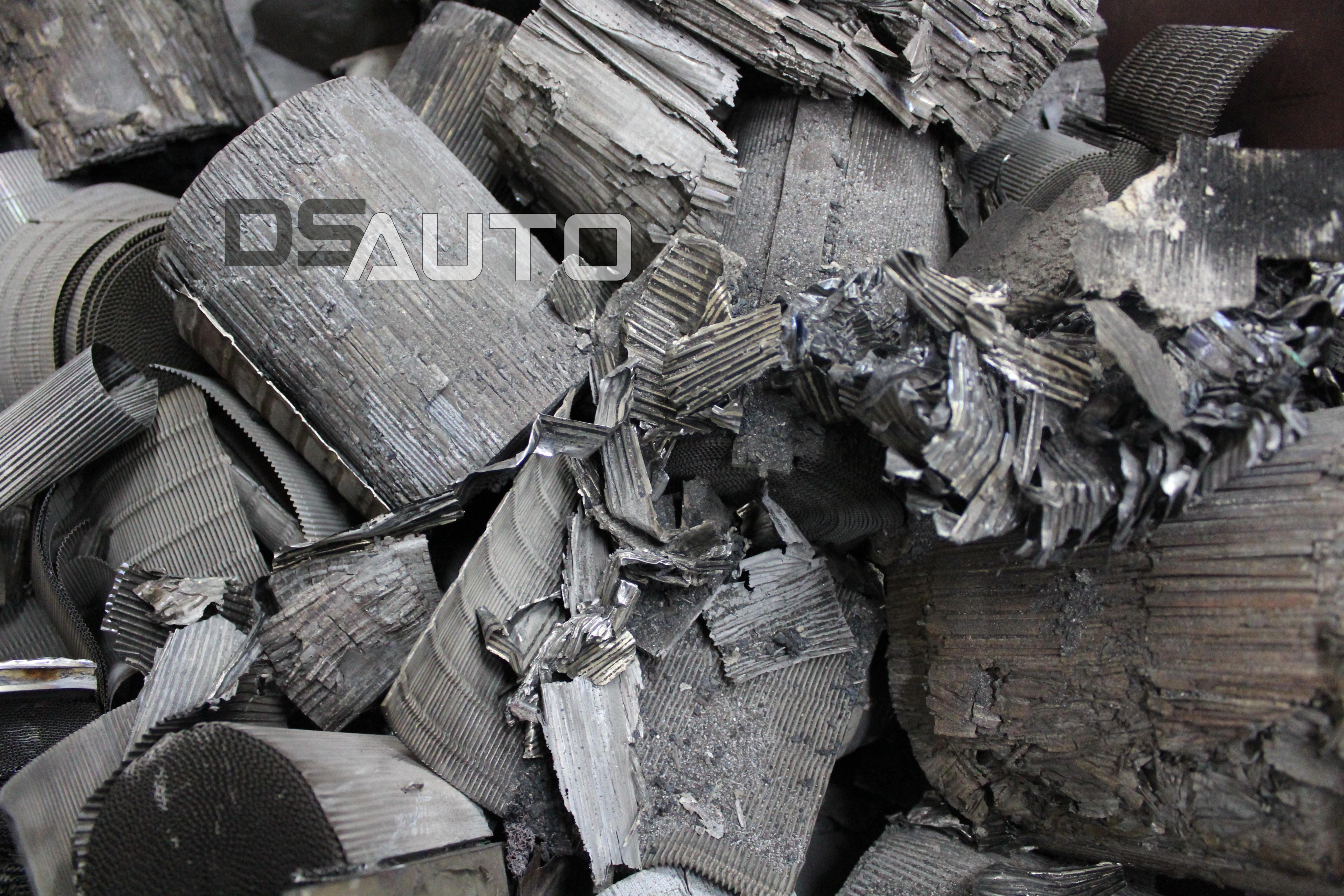 Wkład metalowy do katalizatora