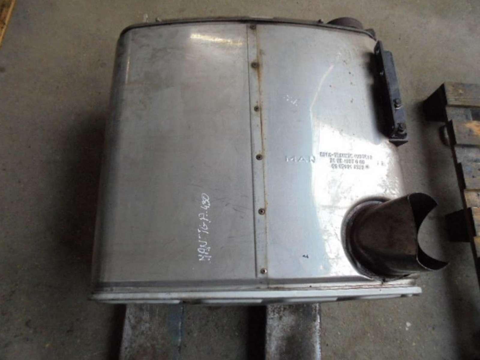 Katalizator 31984067000/811510100370/MAN/METAL/CALOSC